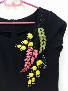 Crafts Needlework - TOOGOO(R)Crafts Needlework Embroidery Paintings Fashion Pastoral Eternal Love Ribbon Embroidery Color Series New Paintings Flower - Embroidery Design Guide Ribbon Embroidery Tutorial, Hand Embroidery Dress, Embroidery On Clothes, Flower Embroidery Designs, Embroidery Fashion, Silk Ribbon Embroidery, Hand Embroidery Patterns, Embroidery Thread, Hand Painted Dress
