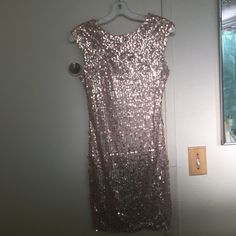 Gorgeous, detailed party dress Perfect for a night out or just a Tuesday! Everyone loves a little sparkle! Forever 21 Dresses Mini