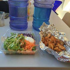 esto es un almuerzo bien saludable #culturismo #bodybuilding #noexcuses #nopainnogain #instafitness #instafood #instafit #fitness #fit #f4f #fitfam #shotfam4life #fitlife #fitnessaddict #fitneslifestyle #fitnessfreak #gymlife #gym #gymfreak #gymrat #shotfam4life #schweiz #follow4follow #diet #dieta  #comidasana #eatclean #eatcleantraindirty #colombia #cali by oscarmsamboni