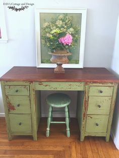 D.D.'s Cottage and Design: Lucketts Green Chippy Desk