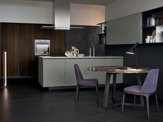 Lacquered wooden kitchen ALEA by Varenna by Poliform design Paolo Piva