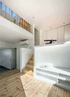 small-narrow-house-swlw5