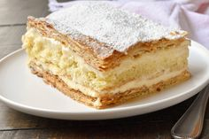 If you enjoy the classic vanilla slice, you will absolutely fall in love with our Italian vanilla slice recipe, known as Diplomatica in Italy. The caramelised pastry marries perfectly with layers of delicious vanilla and lemon infused Crema Diplomatica and Strega soaked, moist sponge cake. Try it today!