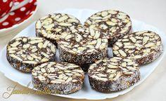 Salam de biscuiti No Cook Desserts, Homemade Desserts, Sweets Recipes, Baking Recipes, Cake Recipes, Romanian Desserts, Romanian Food, No Bake Cookies, No Bake Cake
