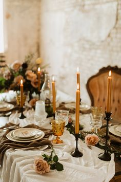 This 5 Eleven Palafox Wedding Inspo Takes Modern Romance into 2019 with Woven Details and Unbelievable Floral Design - Wedding Reception Ideas Romantic Wedding Receptions, Romantic Weddings, Unique Weddings, Yellow Weddings, Romantic Ideas, Country Weddings, Vintage Weddings, Lace Weddings, Romantic Table Setting