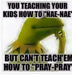 Hilarious Humor from Outer Space the frog meme Hilarious Humor from Outer Space: Photo Kermit The Frog Quotes, Frog Meme, Funny Christian Memes, Christian Humor, Funny Kermit Memes, Funny Relatable Memes, Sarcastic Quotes, Funny Quotes, Humorous Sayings