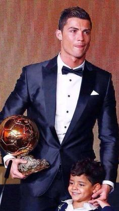 Ronaldo ~ Pallone d'oro 2013