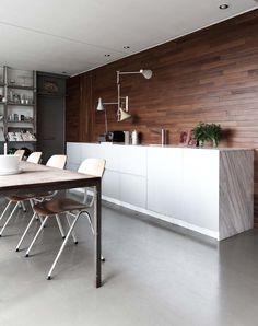 Marble and wood kitchen - via Coco Lapine