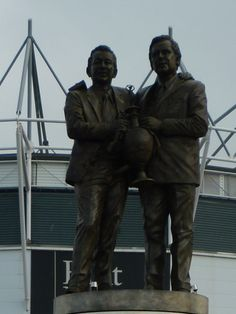 Brian Clough and Peter Taylor at Pride Park, home of Derby County FC. City Of Derby, Brian Clough, Bill Shankly, Derby County, European Football, Derbyshire, Liverpool Fc, Statues