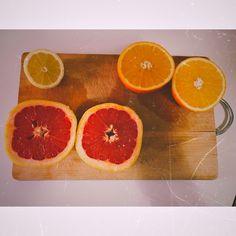 #juice #drinkjuice #stayfresh #orange #grapefruit #lemon Stay Fresh, Grapefruit, Juice, Lemon, Orange, Drinks, Instagram, Food, Drinking