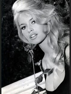 Brigitte Bardot. Beautiful!