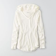AEO Ribbed Pullover Hoodie ($35) ❤ liked on Polyvore featuring tops, hoodies, white, hooded sweatshirt, v neck hoodie, sweatshirts hoodies, pullover hooded sweatshirt and white hoodies