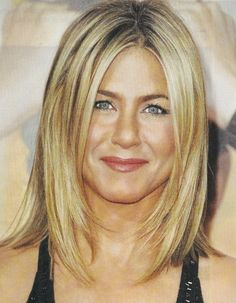 Jennifer Aniston Mid Length Hairstyle by augusta Love Hair, Great Hair, Jennifer Aniston Haar, Pretty Hairstyles, Bob Hairstyles, Wedding Hairstyles, Medium Hair Styles, Short Hair Styles, Mid Length Hair