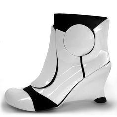 Liam Fahy Star Wars Stormtrooper Heels White; http://vikisecrets.com/news/stormtrooper-esque-heels-by-liam-fahy#