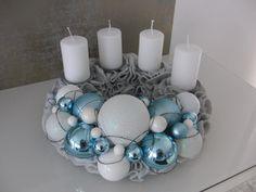 Türkranz Tisch Adventskranz Designer Kranz Deko Kugeln Filz blau weiß grau 30 | eBay