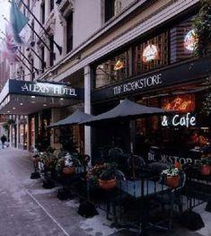 The Library Bistro and Bookstore at the Alexis Hotel - Where Ana, Ray and Welch have lunch - Chapter 4