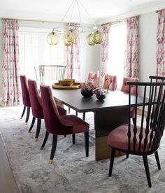 House tour: Happy-glam Georgian home - Style At Home Pink Dining Rooms, Dining Room Furniture, Dining Room Table, Room Chairs, Living Rooms, Furniture Design, Contemporary Dining Chairs, Modern Chairs, Georgian Homes