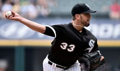 White Sox RHP James Shields exits start with injury = Chicago White Sox right-handed pitcher James Shields left his start against the Cleveland Indians early on Monday following a line drive he took off the knee in.....
