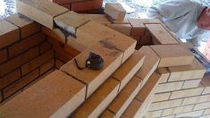 foisor cu gratar din caramida Wood, Bungalows, Inspiration, Outdoors, Paisajes, Houses, Biblical Inspiration, Woodwind Instrument, Craftsman Bungalows