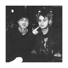 oh that's cliche ❤ liked on Polyvore featuring 5sos, people, pictures, instagram and calum