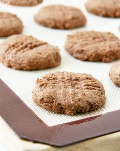 A soft and chewy ginger spice cookie with no eggs butter refined sugars or gluten - a guiltless treat! Teff Recipes, No Dairy Recipes, Vegan Dessert Recipes, Vegan Sweets, Baking Recipes, Whole Food Recipes, Flour Recipes, Baking Tips, Diabetic Recipes