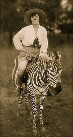 studiojudith: Classic photo of Osa Johnson riding a Zebra … .