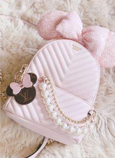 Cute Mini Backpacks, Stylish Backpacks, Luxury Purses, Luxury Bags, Cute Handbags, Purses And Handbags, Kawaii Bags, Baby Pink Aesthetic, Kawaii Accessories