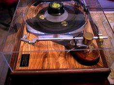 Sound of the Wood Turntable (http://www.soundofthewood.com/)