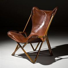 Italian wood and leather armchair, c. 1960 - by Piasa