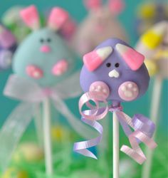Bunny Cake Pops embellished with Jelly Belly Bunny Corn and Sixlets!
