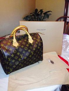 Louis Vuitton Speedy 30 Monogram Brown Bag - Satchel. Louis Vuitton  Satchel 91167a688a11e
