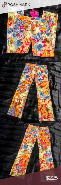 JUST IN!🔥VTG VERSACE Wild Orchid Jeans Go wild and keep things blooming all year long in these fun & vibrant, Vintage Versace Jeans Couture Wild Orchid Jeans! Made of a soft, lightweight fabric that is somewhat wrinkle resistant. Size 29. Measurements tomorrow! Versace Jeans Couture Jeans