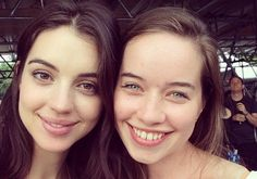 Instagram de Adelaide Kane de