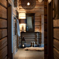 Hytte Hafjell Cabin Interiors, Rustic Interiors, Baseboard Trim, Rustic House Plans, Autumn Home, Log Homes, Home Decor Inspiration, Interior Architecture, Decoration