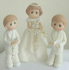 Cute cake topper. This will be cute since she's having her first communion with my 2 nephews.