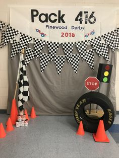 Hot Wheels Birthday, Race Car Birthday, Cars Birthday Parties, Boy Birthday, Race Car Party, Festa Hot Wheels, Hot Wheels Party, Race Car Themes, Cub Scout Activities