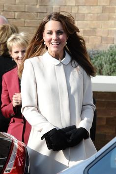 Kate Middleton Photos: The Royal Couple Visits a UK Charity 2