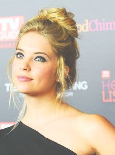 I love these updo's.. I wish I could do them to myself but I suck at doing anything with my hair lol,,, ashley benson