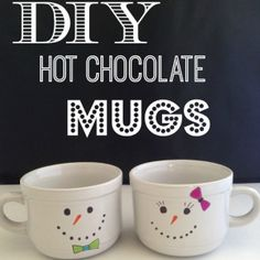 Snowman Mugs Easy to Make Hot Chocolate Mugs is part of Sharpie crafts Ideas - These Snowman Mugs are so easy to make they make an adorable gift! If you think Sharpie Mugs are awesome, you'll want to make this one! Diy Christmas Mugs, Christmas Gifts To Make, Christmas Crafts, Christmas Christmas, Handmade Christmas, Snowman Mugs, Snowman Crafts, Holiday Crafts, Snowman Wreath