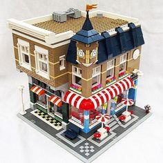 Book store, ice cream parlor, music shop - Lego modular building - Modular Homes Lego Modular, Modular Homes, Lego Building Blocks, Lego Blocks, Casa Lego, Modele Lego, Lego Village, Shop Lego, Lego Trains
