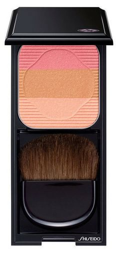 Blush, sculpting and highlighting colors. Wear them alone or blend together!