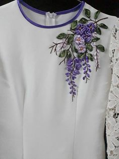 Wonderful Ribbon Embroidery Flowers by Hand Ideas. Enchanting Ribbon Embroidery Flowers by Hand Ideas. Kurti Embroidery Design, Flower Embroidery Designs, Embroidery Suits, Silk Ribbon Embroidery, Crewel Embroidery, Embroidery Patterns, Stylish Dress Designs, Embroidered Clothes, Ribbon Work