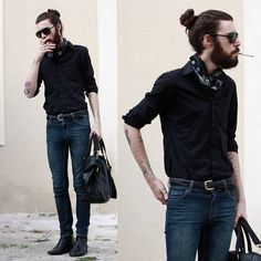 First things first: this beard and bun are awesome. Secondly: this outfit rocks... bag and all.