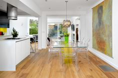 20 Dining Rooms Featuring Humble Transparent Dining Chairs