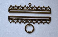 Brass color embroidery hangers for 16 cm wide textile Vintage