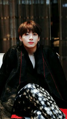 💗My love💗 When I see him my heart feels so warm and it seems like I don't have any problems. Jeon Jungkook, be happy please💖 Foto Jungkook, Foto Bts, Kookie Bts, Jungkook Oppa, Yoongi, Bts Photo, Bts Bangtan Boy, Bts Jin, Jeon Jungkook Photoshoot