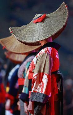 The Kimono Gallery — handa: Festa Japan 2016 a photo from Tokyo,. Cultures Du Monde, World Cultures, Japanese Kimono, Japanese Art, Japanese Quilts, Japanese Beauty, Look Kimono, Art Japonais, Inspiration Mode