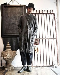 Hat...#reinhardplank  Coat...#arakiyuu  Shirt...#arakiyuu  Pants...#devoa  Bag...#lucabianchini  Shoes...#guidi #gullamgullam13