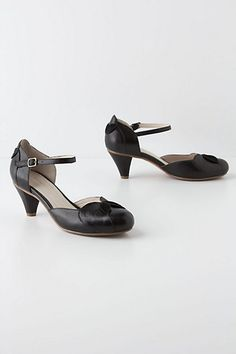 8d409c77fc05 Folded Petals Mary-Janes Anthropologie Black Mary Jane Heels