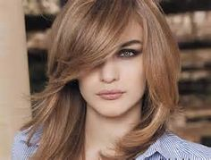 Medium Length Layered Haircuts with Bangs In 2020 30 Shoulder Length Layered Hairstyles with Bangs Medium Length Hair Cuts With Layers, Medium Hair Cuts, Medium Hair Styles, Short Hair Styles, Hair Layers, Medium Cut, 2015 Hairstyles, Hairstyles For Round Faces, Hairstyles With Bangs